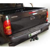 ТСУ для Toyota Hilux без выреза бампера.